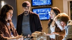 DC: Flash Sezon 3 odcinek 15 Online S03E15
