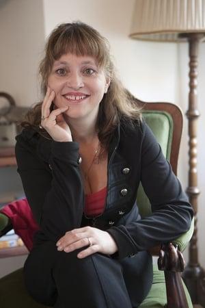 Alena Mihulová isMrs. Moravec