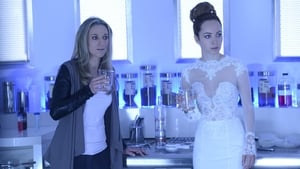 Lost Girl: 5×2