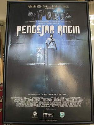 Pengejar Angin (2011)