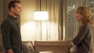 Acum vezi Episodul 5 Suits episodul HD