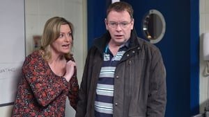 EastEnders Season 32 : Episode 35
