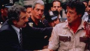 Tierra de policías (1997)