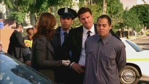 Bones Season 1 :Episode 13  The Woman in the Garden