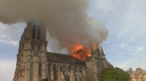 Captura de Notre-Dame : Carrera contra el infierno (2019)