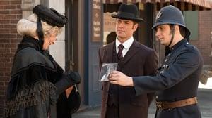 Murdoch Mysteries Season 6 : Murdoch on the Corner