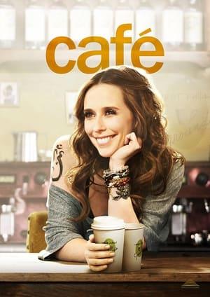 Cafe-Jennifer Love Hewitt