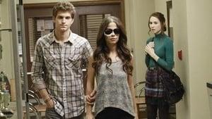 Pretty Little Liars sezonul 2 episodul 23