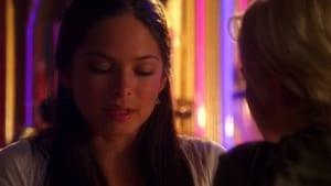 Smallville sezonul 3 episodul 1