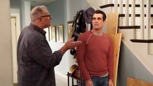 Modern Family Season 11 Episode 15 S11E15