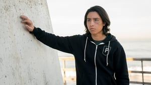 Fear the Walking Dead Season 2 :Episode 2  We All Fall Down