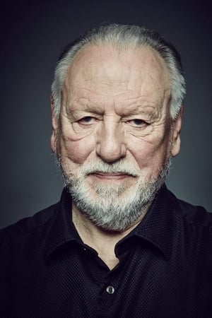 Kenneth Cranham isLucius