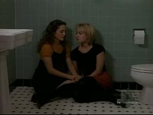 Beverly Hills, 90210 season 5 Episode 13