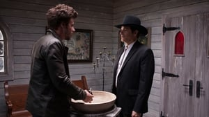 Midnight, Texas Season 1 Episode 1