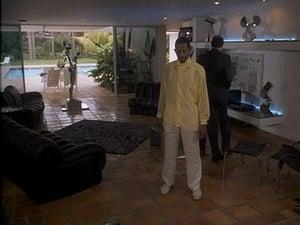 Seriale HD subtitrate in Romana Miami Vice Sezonul 4 Episodul 22 Mirror Image (2)
