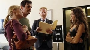 Modern Family Season 4 :Episode 7  Arrested