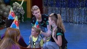 Totul pentru dans Sezonul 2 Episodul 15 Dublat în Română