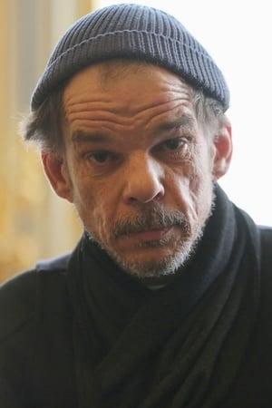 Denis Lavant isBarman