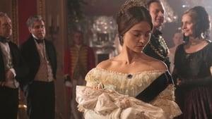Acum vezi A Soldier's Daughter Victoria episodul HD
