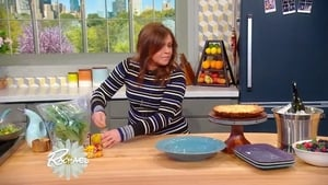 Rachael Ray Season 13 : Rach's White Pizza Frittata + Our First-Ever Celeb Mystery Mom (The Celeb's Kids Give Rach Clues!)