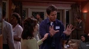 Everybody Loves Raymond: S04E01