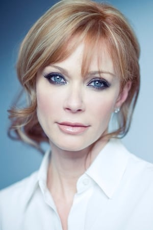 Lauren Holly isLt. Emily Lake