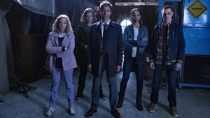 Watch Travelers Full Episode