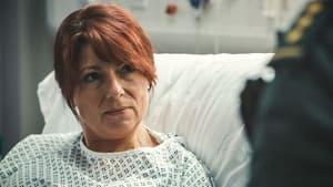 Watch S36E3 - Casualty Online