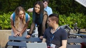 Episodio TV Online Degrassi: Next Class HD Temporada 2 E8 #RiseAndGrind