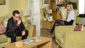 EastEnders Season 32 : Episode 113