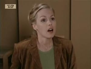 Beverly Hills, 90210 season 10 Episode 22