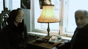 Russian movie from 2000: Часы без стрелок