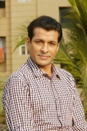 Chetan Pandit isMaster Deenanath Chauhan