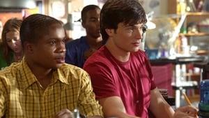 Seriale HD subtitrate in Romana Smallville Sezonul 2 Episodul 2 Episodul 2