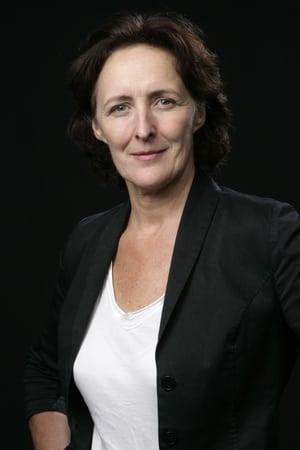Fiona Shaw isLena
