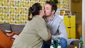 EastEnders Season 32 : Episode 101