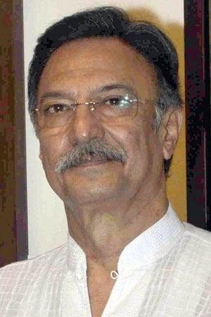Suresh Oberoi isRajdheer Singh