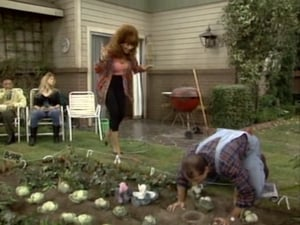 Married with Children S05E08 – Wabbit Season poster