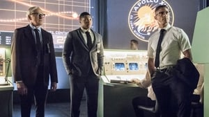 DC's Legends of Tomorrow (S2/E14): Mission Apollo 13