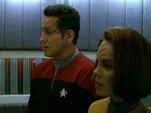 Star Trek: Voyager Season 3 Episode 25