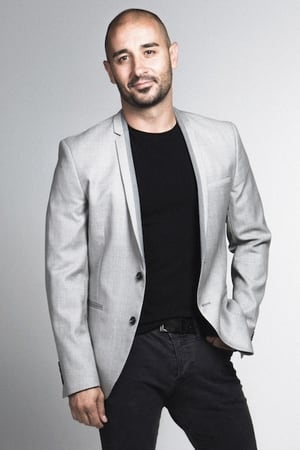 Alain Hernández isVíctor