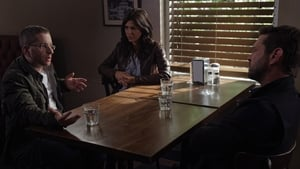 Private Eyes: 2×16