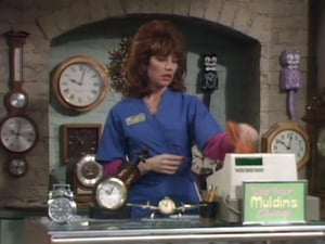 Married with Children S01E09 – Peggy Sue Got Work poster