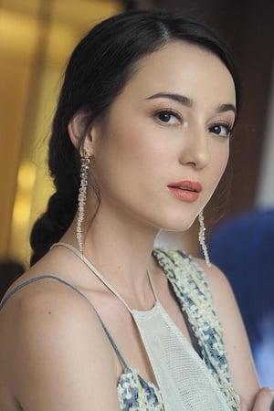 Julie Estelle