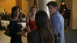 Famous in Love 1×10