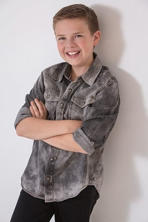 Jet Jurgensmeyer isJunior (voice)