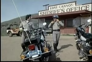 Watch S6E20 - CHiPs Online