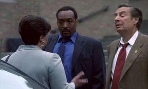 Seriale HD subtitrate in Romana Lege și ordine Sezonul 12 Episodul 1 Episodul 1