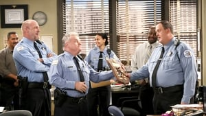 Watch S6E1 - Mike & Molly Online