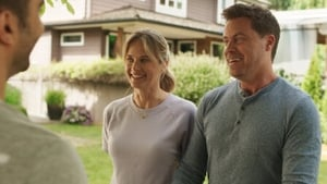 Watch S5E1 - You Me Her Online